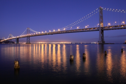 San_Francisco_Oakland_Bay_Bridge_at_night